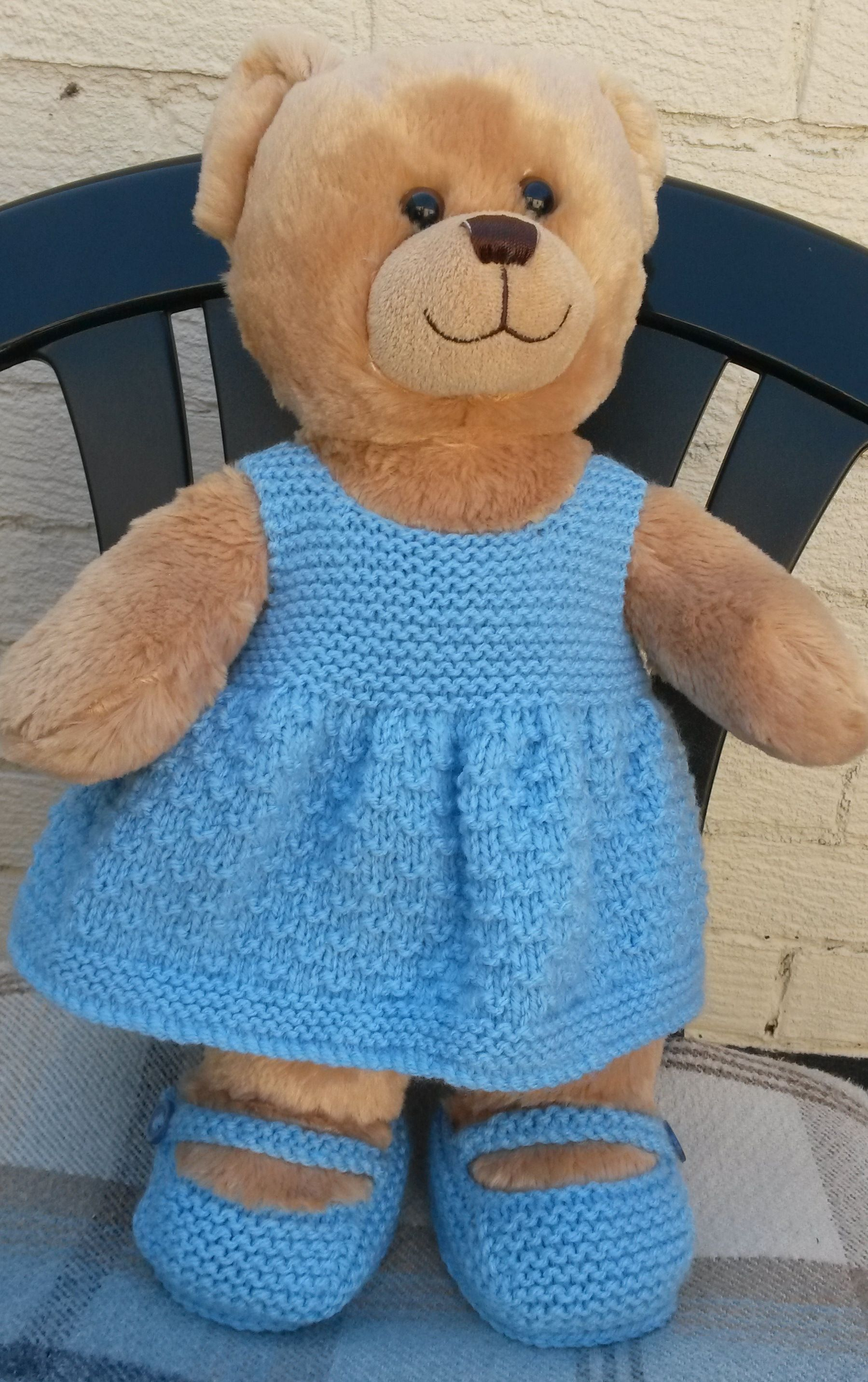 An Easy Free Pattern And Shoes Ideal For Build A Bears | Crochet - Free Printable Teddy Bear Clothes Patterns