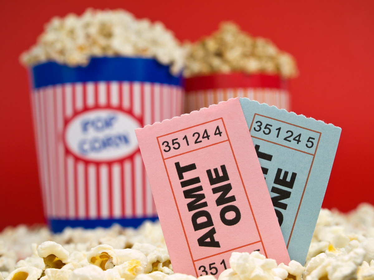 Free Movies Or Movie Ticket Discounts In Wichita Ks - Movies On The - Regal Cinema Free Popcorn Printable Coupons